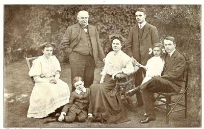 Family Group 1908